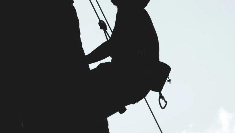 Szelki bezpieczeństwa w pracach wysokościowych